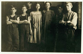 Putting Human Faces on the Textile Industry: The Workers of the Amoskeag Manufacturing Company
